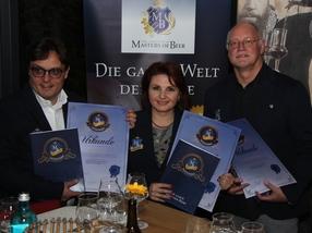Die ersten drei Certified Member des Institutes Masters of Beer: (v.l.) Lukas Harpf, Irina Zimmermann und Norbert Schmidl