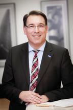 Dr. Thomas Wehlage