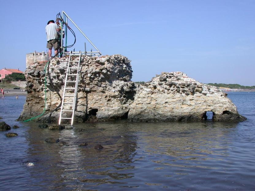 Seawater Strengthens Roman Concrete To Survive For 2000 Years